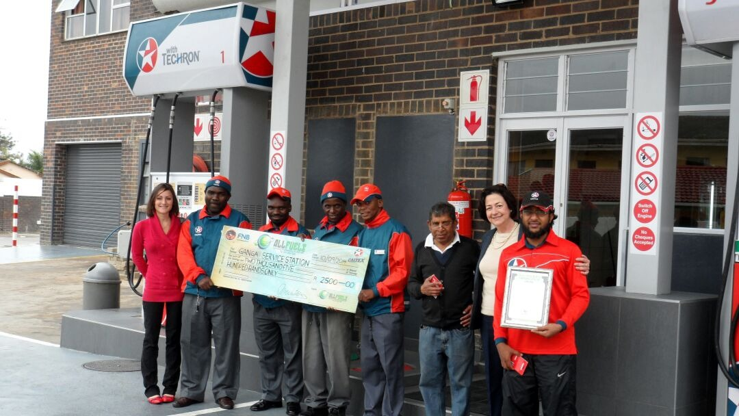 Monique (All Fuels PRO), Abrahim, Dumsani, Wilfred, Sipho, Senzo, Mr Nulliah, Maria Watson (All Fuels GM), Mohammed (site owner)